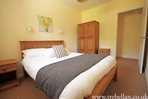 Millhouse 4 Bedroom1 300x200 - Millhouse 4 Bedroom1